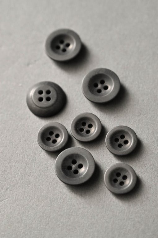 Knopf Corozo grey 18mm
