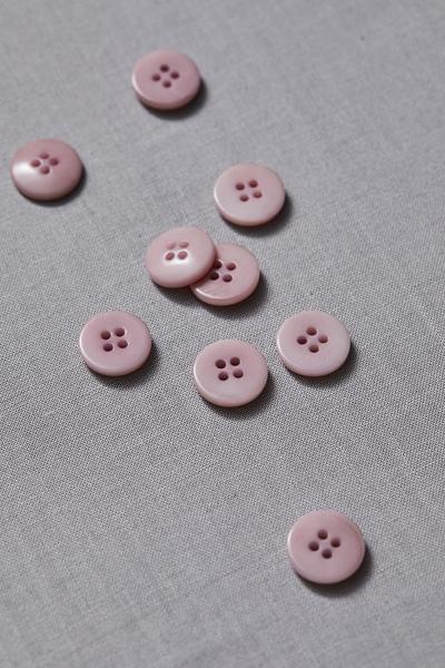 Plain Corozo Button Puff